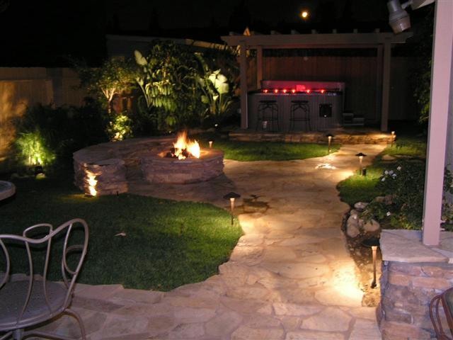 Aspen landscaping landscape lighting vernon lake for Backyard with lights